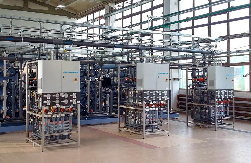 EDI units for ultrapure water at power plant